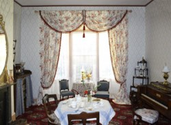 ross-bay-drawing-room